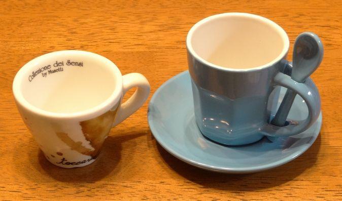 イタリアみやげのコーヒーカップ 670pix
